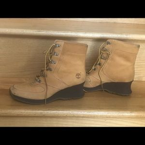 Timberland Shoes - Women's. Wedge timberlands